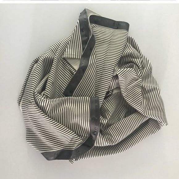 Cream and grey lululemon vinyasa scarf